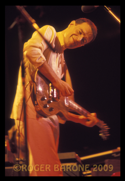 John McLaughin elevates his conciousness during a guitar solo at The Spectrum. © ROGER BARONE 2009