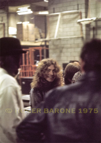 Led Zepplin front man, Robert Plant appears relaxed as the band prepares to take the stage at the Spectrum on February 8, 1975. © ROGER BARONE