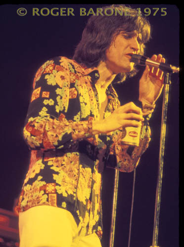 "Ray Davies and the Kinks perform at The Spectrum during their ""Soap Opera"" tour. © ROGER BARONE/PHOTOSFROMPHILLY"
