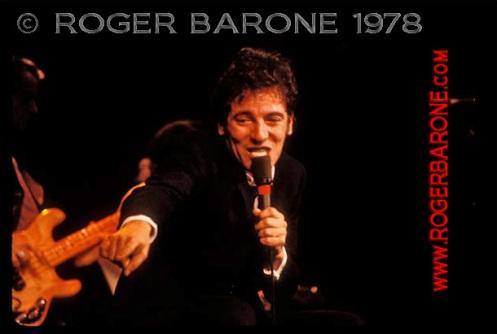 bruce springsteen singing spectrum arena 1978