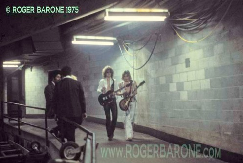 Ian Hunter & Mick Ronson backstage at Spectrum Arena moments before taking the stage (5/9/75) © roger barone 1975