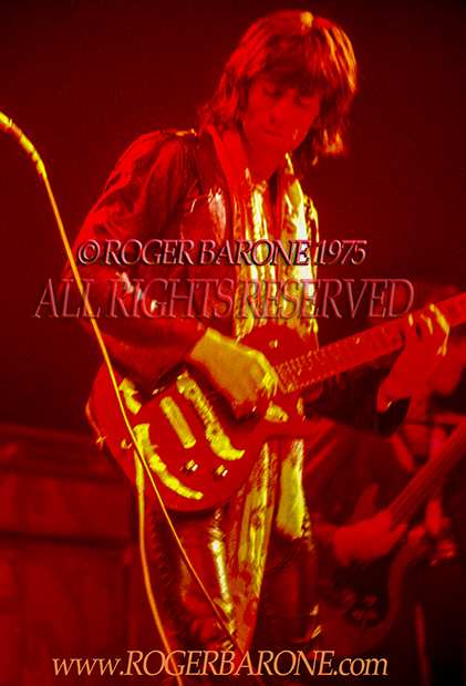 Keith Richards Rolling Stones performing at Spectrum Arena (6/29/75)